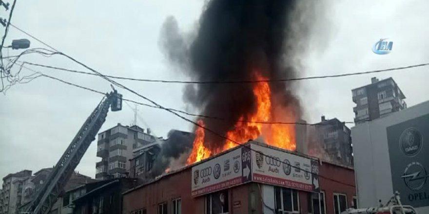 Bostancı Oto sanayide korkutan yangın
