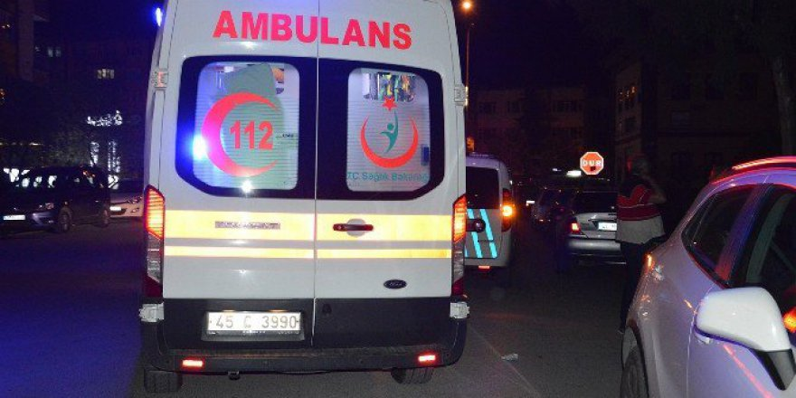 Manisa, Yunusemre'de Bıçaklı Kavga: 1 Yaralı