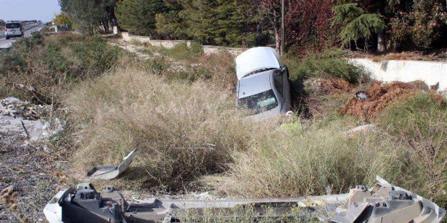 Afyonkarahisar'da TIR ile Otomobil Çarpıştı: 2 Yaralı