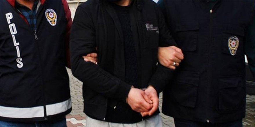 İstanbul'da FETÖ'den 17 hakim-savcı tutuklandı
