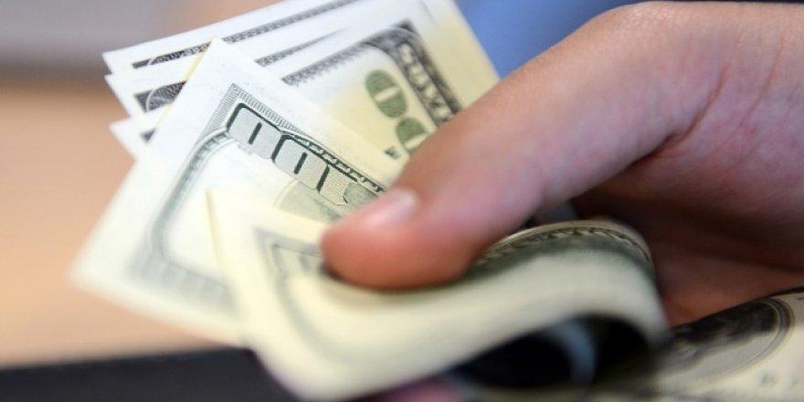 Dolar tarihi rekoru tazeledi