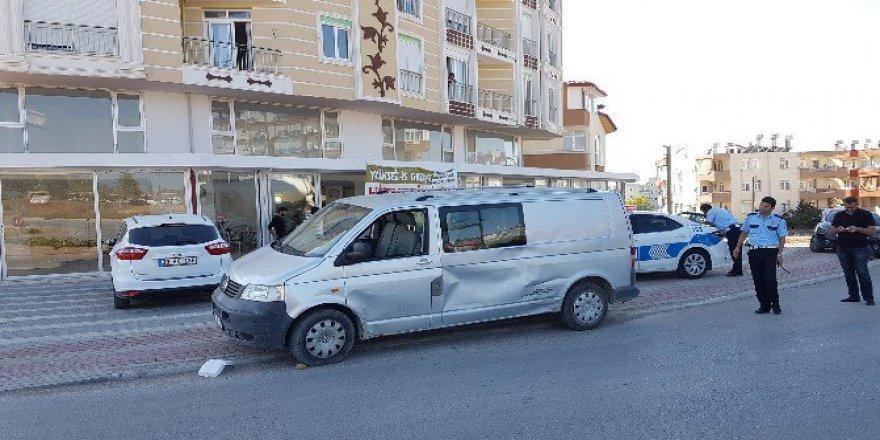 Antalya'da Kazaya Karışıp Kaçan Sürücü 326 Promil Alkollü Çıktı!