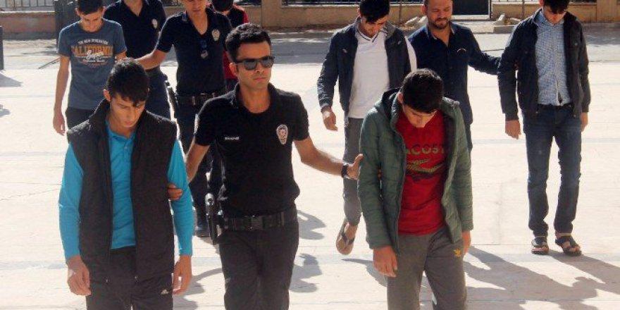 Şanlıurfa'da PKK Terör Örgütü Üyesi 3 Kişi Tutuklandı