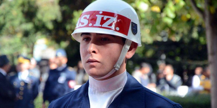 Şehit Murat Özer'in cenazesinde duygusal anlar