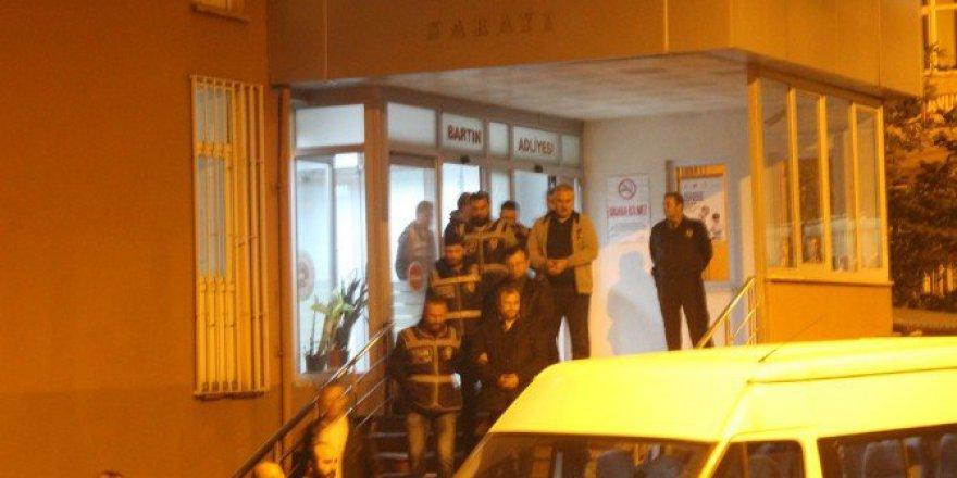 Bartın'da 20 Emniyet Mensubundan 5'i FETÖ/PDY'den Tutuklandı