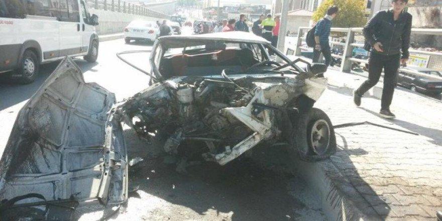 Kuşadasın'da Akıl Almaz Kaza! Bu Araçtan Sağ Çıktılar