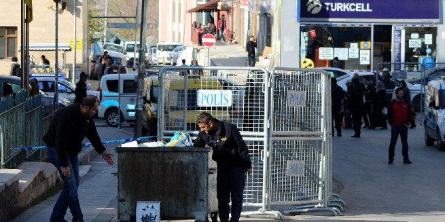 Erzurum Emniyeti Müdürlüğü Yakınında Şüpheli Düzenek Alarmı