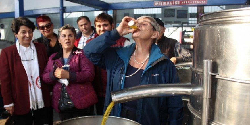 Bursa'da Canan Karatay Zeytinyağı içince...