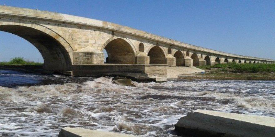 Uzunköprü 3 yıllığına kapatılıyor