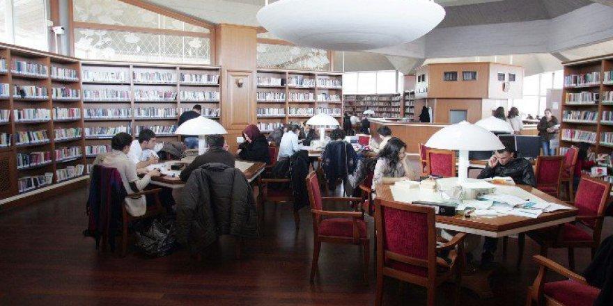 Türkiye'nin En İyi Kütüphanesi Atatürk Kitaplığı Seçildi