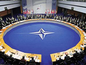 NATO Dışişleri Bakanları Toplantısı, Brüksel'de Başladı