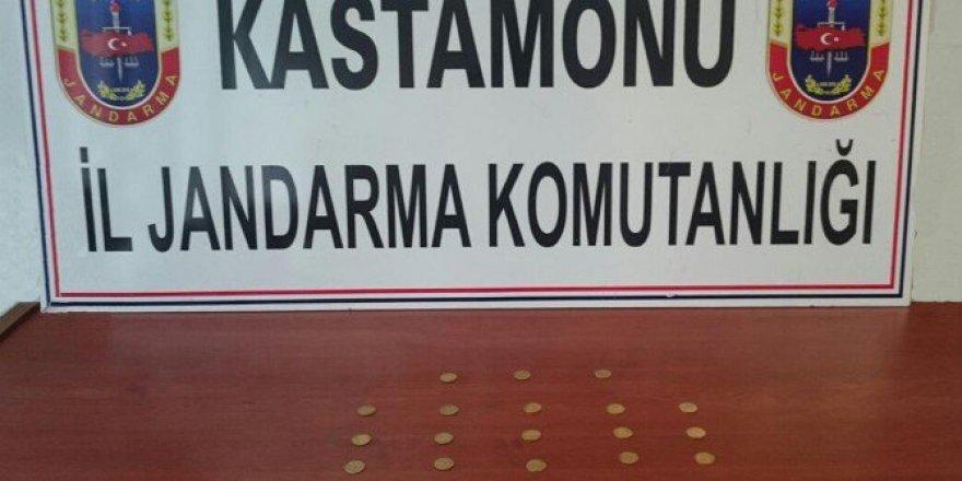 Kastamonu'da Jandarma Ekiplerince 28 Adet Altın Sikke Ele Geçirildi