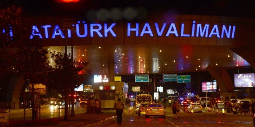 Son Dakika! Atatürk Havalimanı'nda silah sesleri