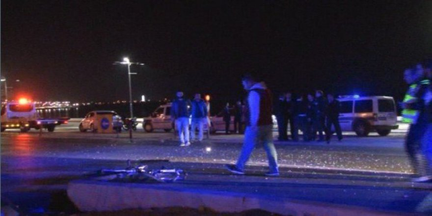 İzmir, Konak'ta Trafik Kazası: 2 Yaralı