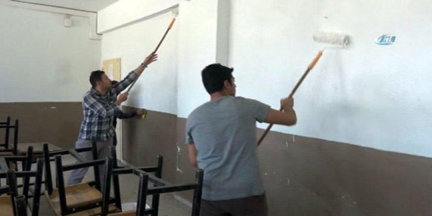 Fedakar öğretmenler iş başında