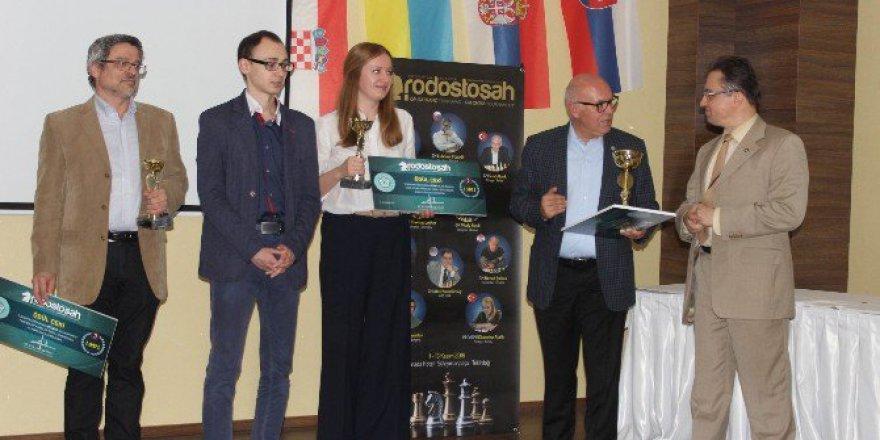 """Tekirdağ'da Dünyaca Ünlü Satranç Ustalarının Katıldığı """"Rodosto Şah"""" Sona Erdi"""