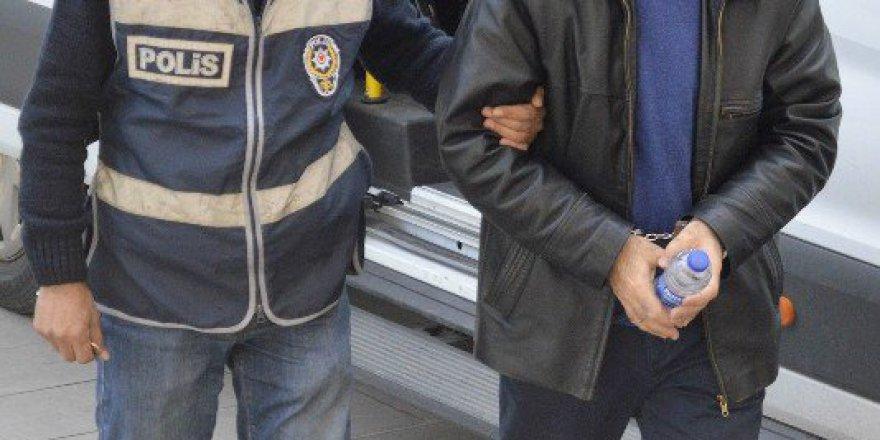 Manisa, Turgutlu'da FETÖ'den 2 Doktor Tutuklandı