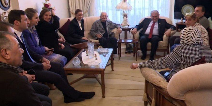 Başbakan Yıldırım Vatandaşların Evine Konuk Oldu