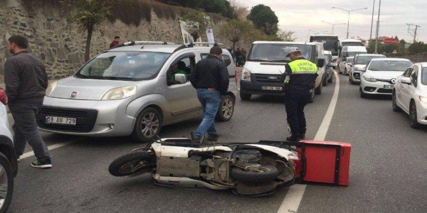 Süleymanpaşa'da Otomobile Çarpan Motosikletli Hayatını Kaybetti