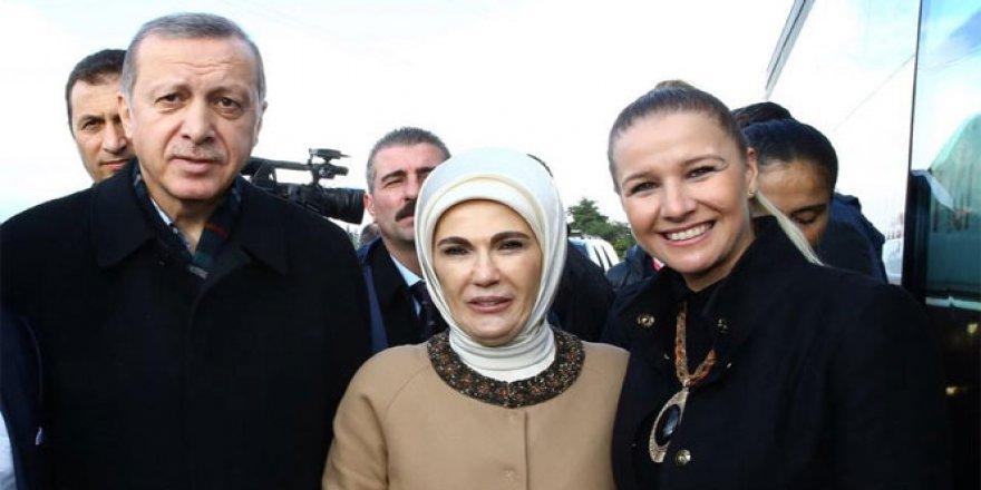 AK Partili Kadın Kolları Başkanı istifa etti