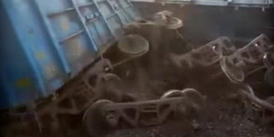 Hindistan'da Tren Faciası: 95 Ölü !