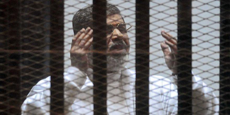 Muhammed Mursi'nin idam cezası bozuldu
