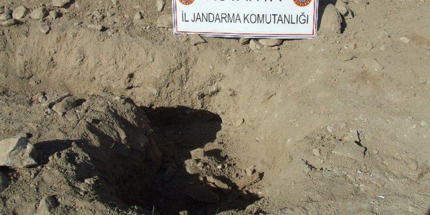 Kütahya'da Kaçak Kazı Operasyonu: 3 Gözaltı