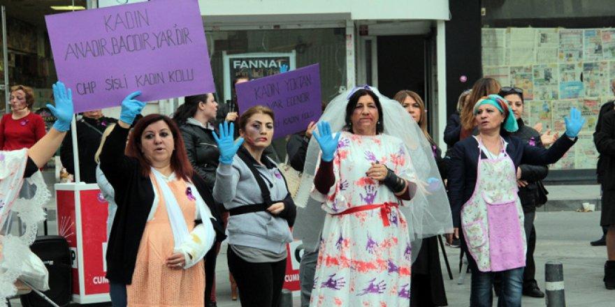 Şişli'de Kadına Karşı Şiddete Makyajlı Protesto