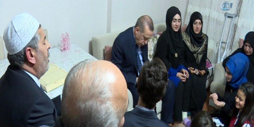 Cumhurbaşkanı Erdoğan'dan 15 Temmuz Şehidinin Ailesine Ziyaret