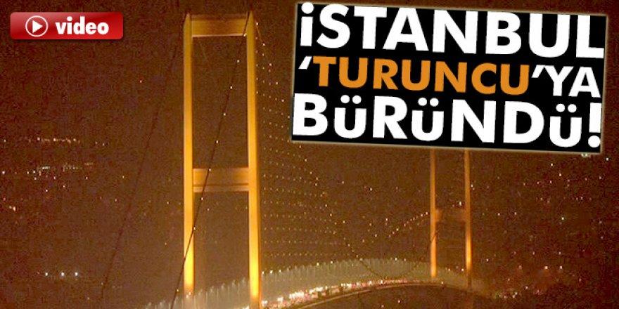 İstanbul Kadına Yönelil Şiddete Karşı Turuncuya Büründü
