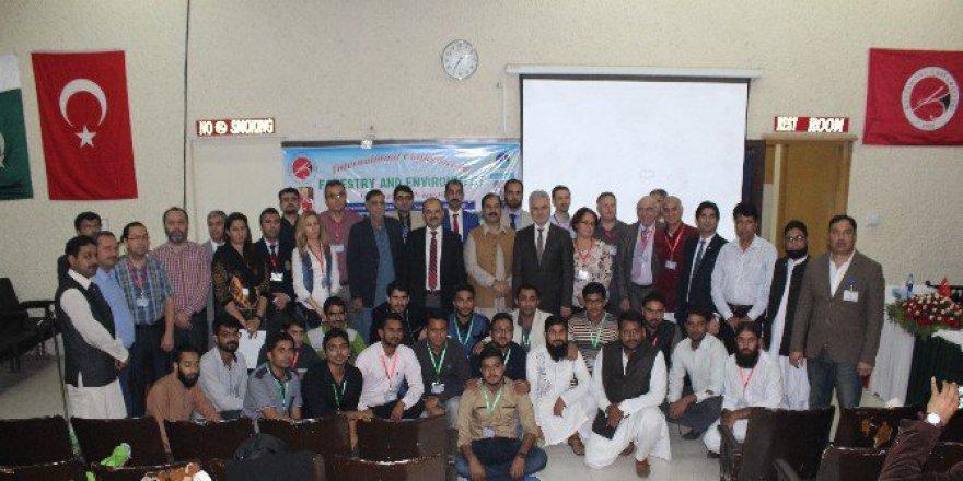 Kastamonu Üniversitesi'nden Pakistan'da Ormancılık Sempozyumu