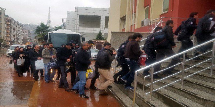 Kocaeli'de 7 Dernek Üyesi FETÖ/PDY'den Tutuklandı