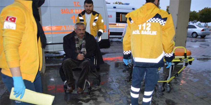 Besni'de İki otomobil çarpıştı: 1 ölü, 2 yaralı
