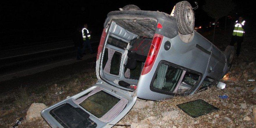 Ticari Araç Takla Attı: 1 Yaralı