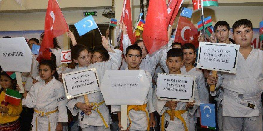 Adana'da Judo Kardeşliği