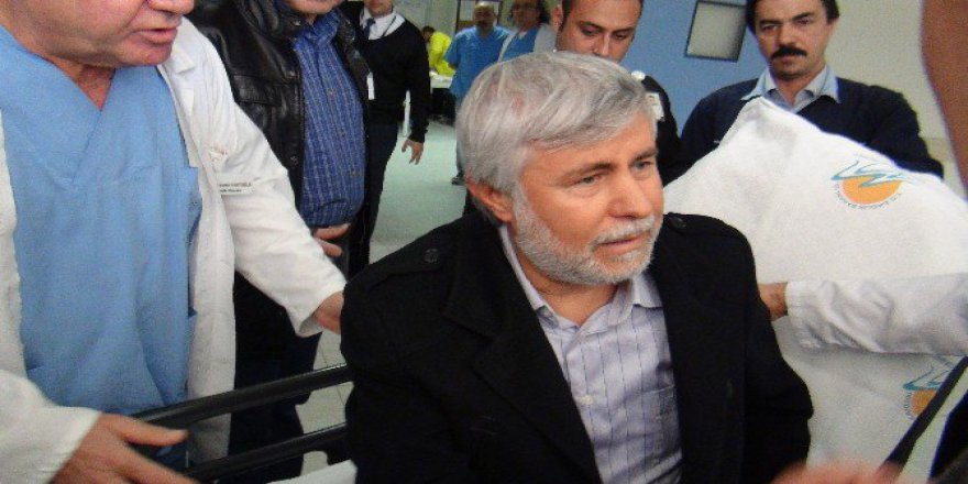 Ak Parti Mersin Milletvekili Yılmaz Tezcan Kaza Yaptı