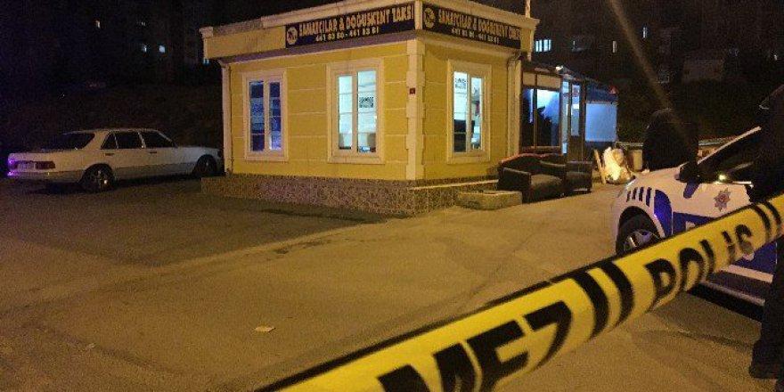 Maltepe'de Durak İçerisinde Taksici Cinayeti