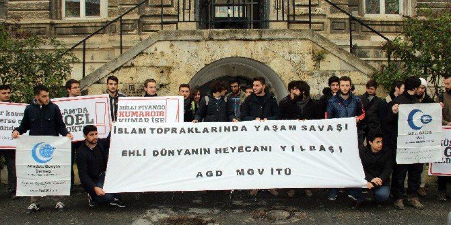 İtü'de Öğrenciler 'Noel' Karşıtı Eylem düzenledi