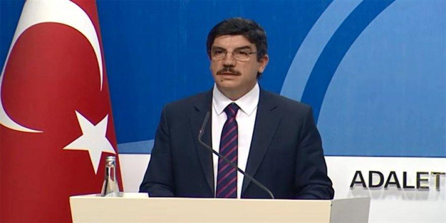 """Tekliften """"Doğuştan Türk Olma İbaresi Kaldırıldı"""""""