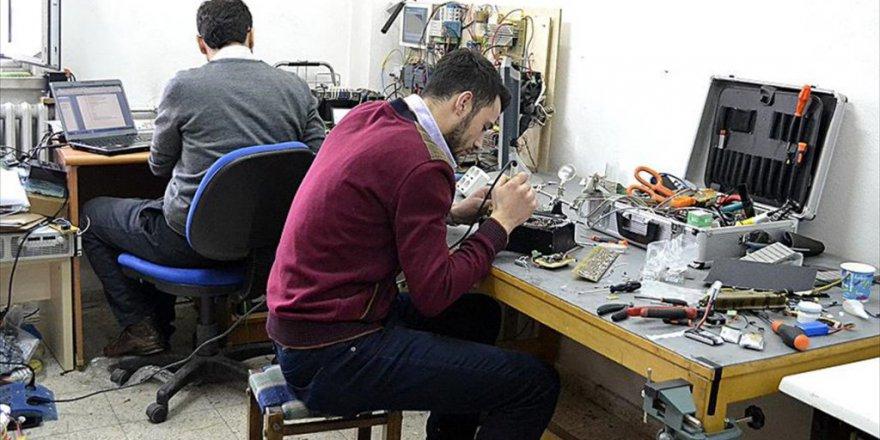 Karabük Üniversitesi Robot Kulübü Robot 'Avcı' ile 'Başpehlivanlığı' kaptırmadılar