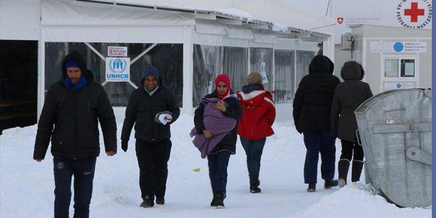 Makedonya'da sığınmacılar çok zorda