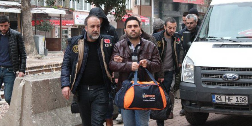 Kocaeli'de 11 Kişi FETÖ/PDY'den Tutuklandı