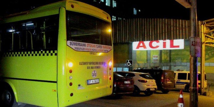 Gaziantep'te Bir Yolcu Vurulduğu Halk Otobüsüyle Hastaneye Götürüldü