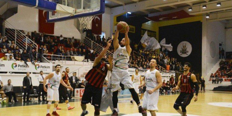 Türkiye Basketbol 1. Ligi'nde Petkimspor 75-65 Nesine.Com Eskişehir Basket