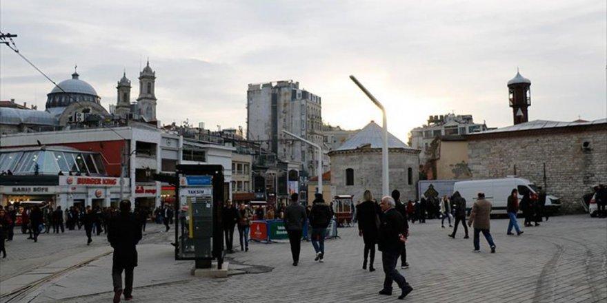 İstanbul, Taksim'de Cami Yapımına Onay