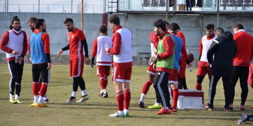TFF 1.Lig, Sivasspor, Samsunspor Maçının Hazırlıklarını Sürdürüyor
