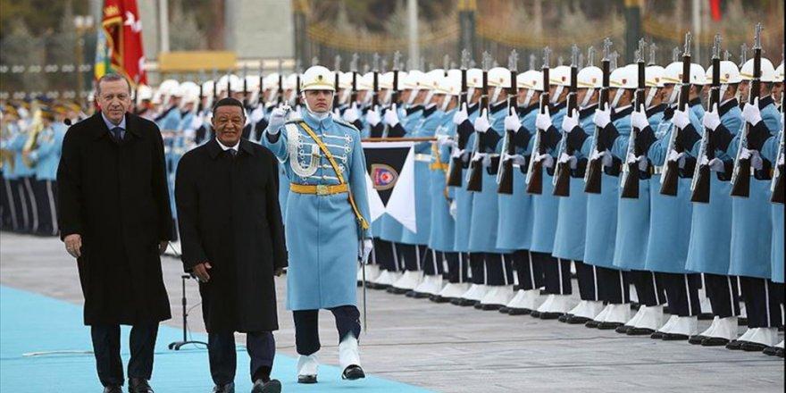 Etiyopya Cumhurbaşkanı Mulatu Teshome Wirtu Resmi Törenle Karşılandı