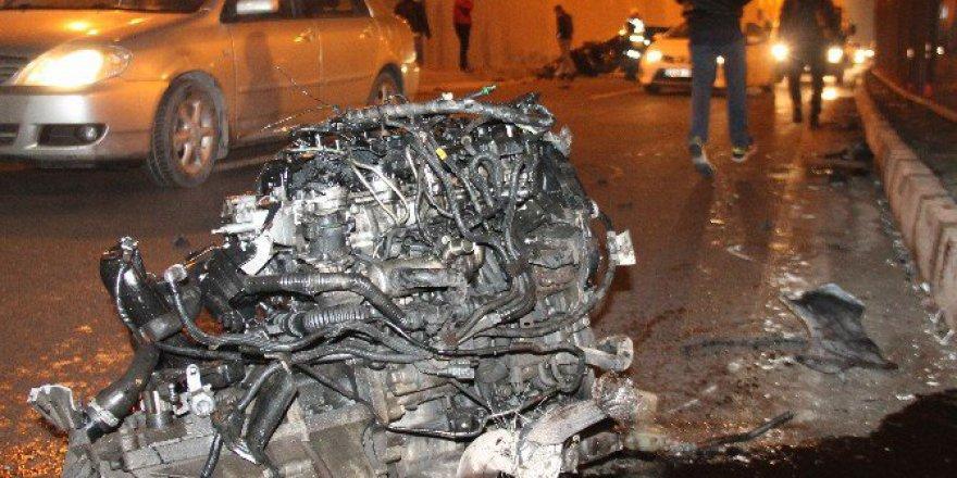 Elazığ'da Otomobil Korkuluklara Çarptı, Motoru 100 Metre İleriye Fırladı
