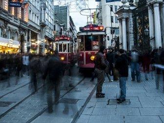 Türkiye'de 143 Bin Kişiye 1 vekil