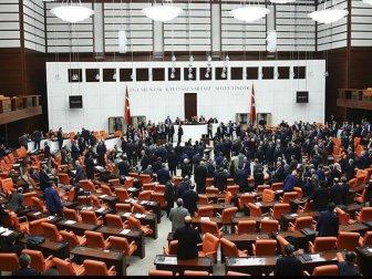 Meclisin yeni gündemi Torba teklifler